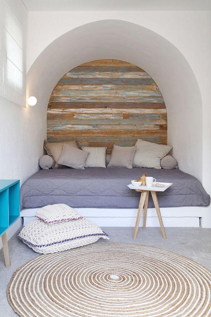 cozy-reading-nooks-book-corner-45-57318aece7a56__700